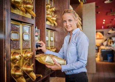 Laura Dedekind, Inhaberin Landkauf Café & Feinkost, Eching